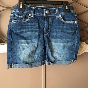 jordache Other - Blue jean midi shorts