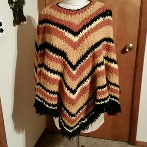 Sweaters - Wool crochet vintage poncho shrug