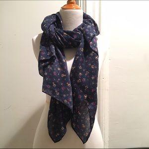 Uniqlo Accessories - Multicolor floral scarf from Uniqlo
