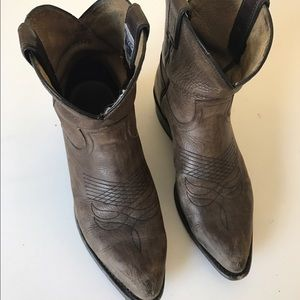 """""""Billy short"""" Frye ankle boots"""