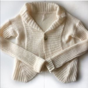 ⚡️FLASH SALE⚡️Lovely Mohair Sweater Like New