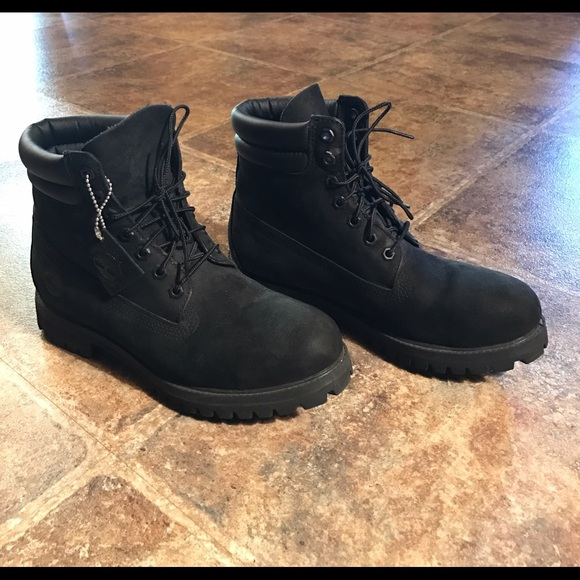 Men s Black Timberland Boots (8.5). M 58571594d14d7b6a15004e4b bf9c53e22
