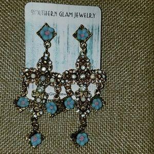Jewelry - Vintage Style Chandler earrings