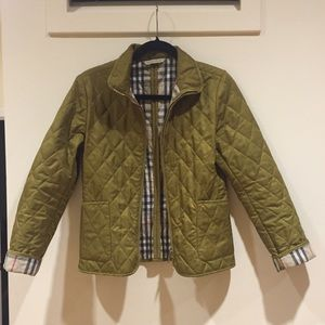 Burberry Jackets & Blazers - HP 1/1 🌟 || Olive Burberry Quilted Zip Jacket