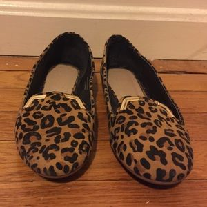 Leopard print flats with gold details