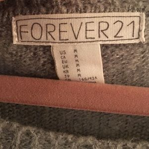Forever 21 Sweaters - Forever 21 Crew Neck City Sweater