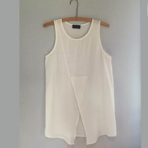 ASTR Ivory split front Tunic Tank. Small NWOT