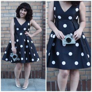 8b83ce8f76e kate spade Dresses - Kate Spade Spotlight V Neck Polka Dot Dress