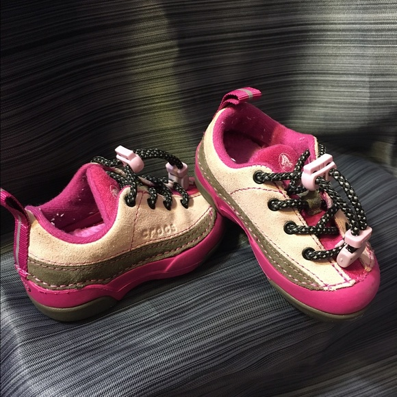30f4b3453369 CROCS Other - CROCS BABY GIRL (SHOES) SNEAKER 👟 SIZE 5 (12-