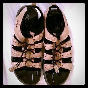 Ecco Shoes - Ecco shoes *b2g1 sale