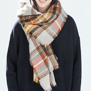Zara Accessories - Zara Plaid Blanket Scarf