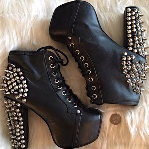 JC SPIKE boots