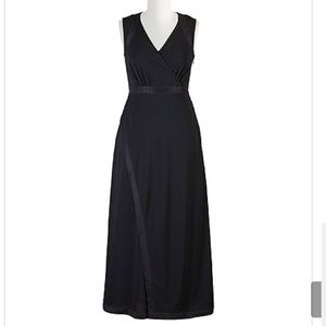 eshakti Dresses & Skirts - Eshakti Crepe Maxi Dress