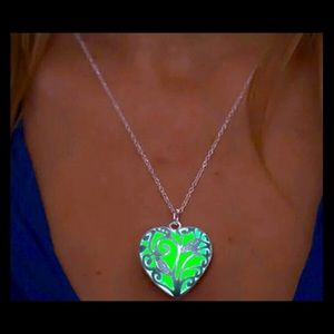 Jewelry - NEW glow in the dark locket necklace