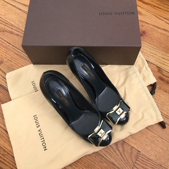 a2b13979ccc8 Louis Vuitton shoes. Not used size 36