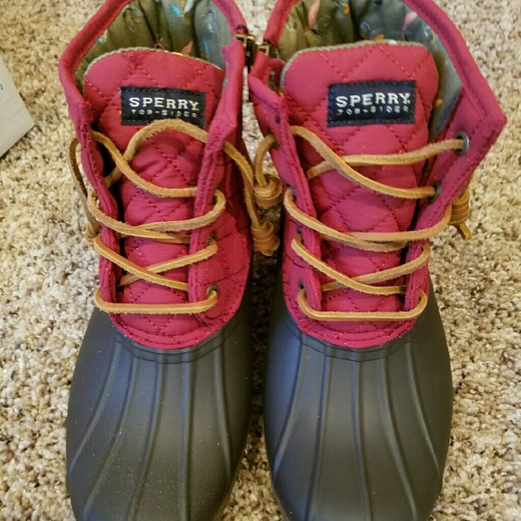Sperry Other - Sperry Saltwater Red Quilt Nylon Boots