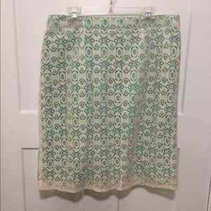 Willi Smith Dresses & Skirts - Size 4 lace skirt