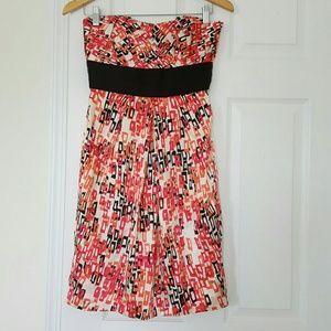 Shoshanna Dresses & Skirts - Shoshanna silk strapless dress
