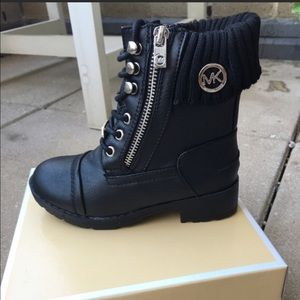MICHAEL Michael Kors Other - Michael kors young girls boots Sz 2