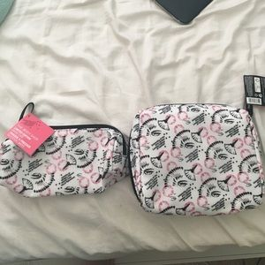 the body shop Handbags - NWT makeup bag and brush case