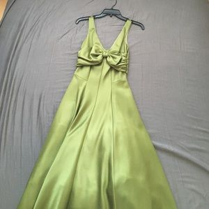 NWT nicole Miller cocktail dress with bow