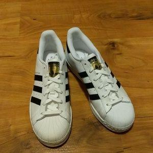 Adidas Shoes - NWOB Adidas Superstars Size 6