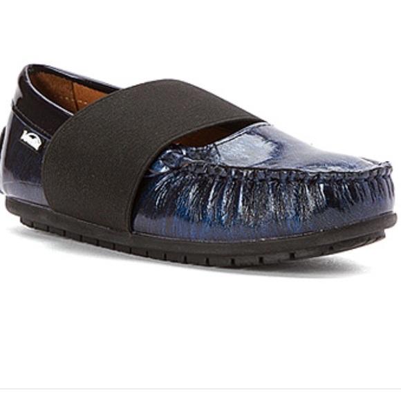Girls Venettini Patent Leather Shoes