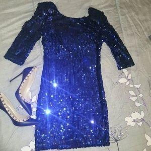 blaque label Dresses - Blue sequinced dress