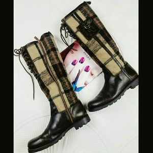 Tory Burch Shoes - Tory burch plaid flannel boots