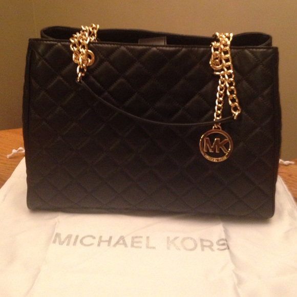 61% off Michael Kors Handbags - Michael Kors Large Black Quilted ... : quilted leather bags - Adamdwight.com