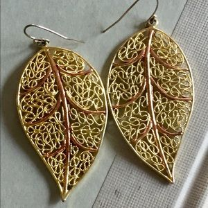 Gold leaf earrings dangle