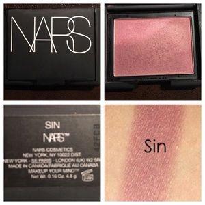 NARS Other - NARS sin