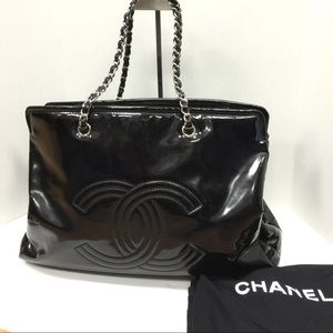 CHANEL Handbags - Chanel XL Black Vinyl Lipstick Tote