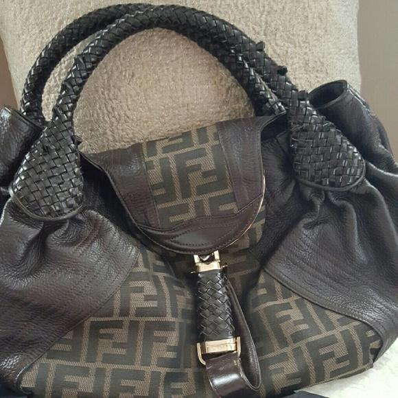 6182106fa0bf ... new style authentic fendi spy bag cannot bundle 2c894 6d934