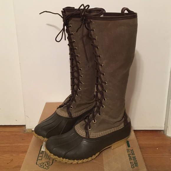 f3836dcbc9a Women's L.L. Bean Waxed Canvas Maine Hunting Boot