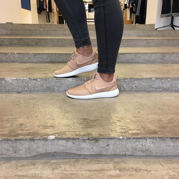 18c07372084f NikeLab Leather Roshe Two Vachetta Tan Sneakers. M 5858a9337fab3ac14a02a4d9