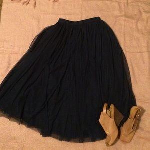 Tulle skirt midi length
