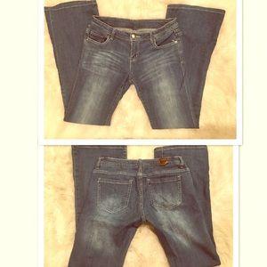 Forever 21 Denim - 🔥SALE🔥Forever 21 faded flare leg jeans 👖  NWOT