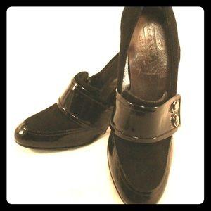 Coach Shoes - COACH NWT Black suede & patent leather pumps 7.5B