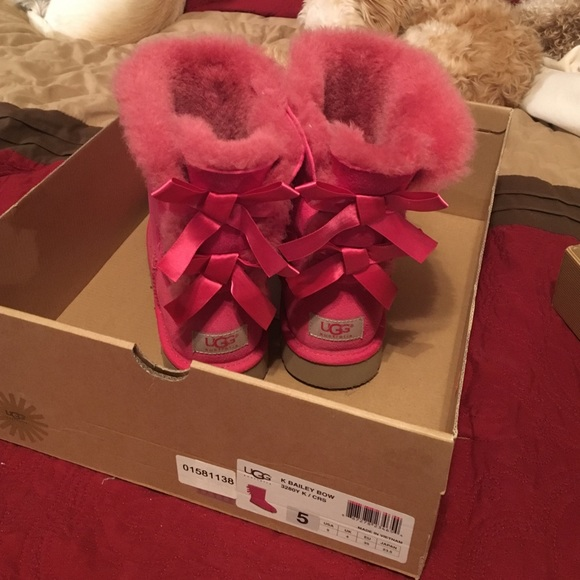 Ugg Kids Size 5 Womens 7 Bailey Bows