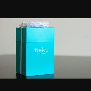 Tieks box