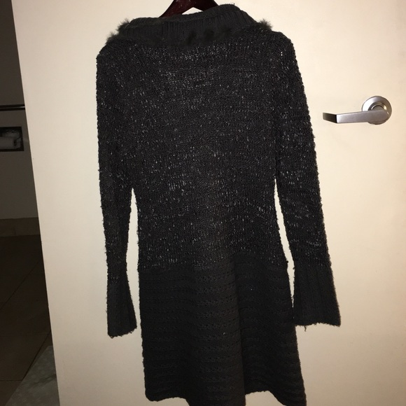 sioni - Sioni Sweater from Patti's closet on Poshmark