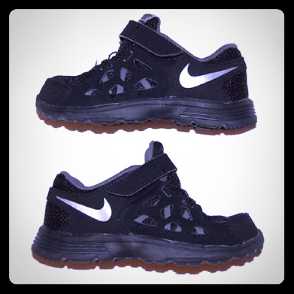 a73cc5fe461d Toddler Boy Nike Shoes 10c