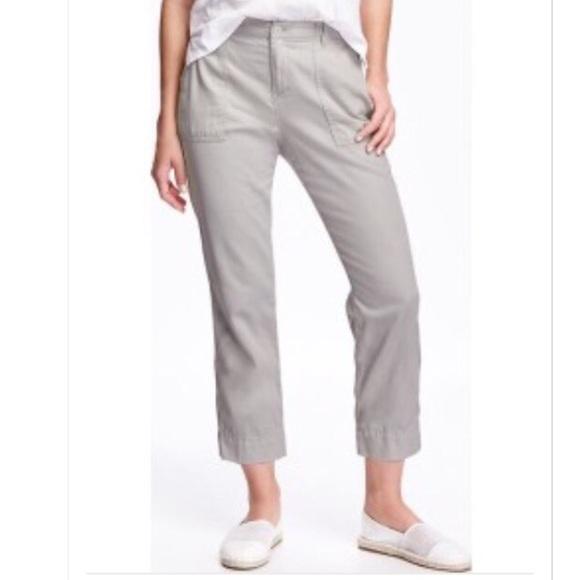 69384a6ff4bc4 Old Navy Heritage Straight Palomino Crop Pants