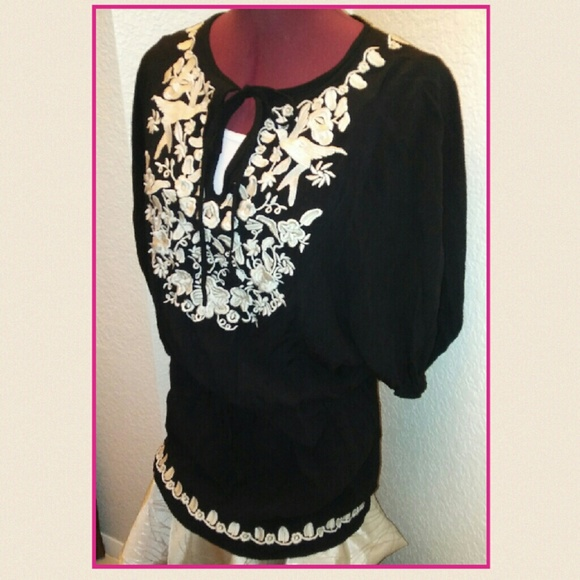 Metro Park Tops - Metro Park Embroidered Tunic ~Stunning!