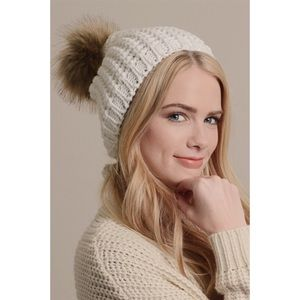 Hannah Beury Accessories - Ivory Knit Beanie