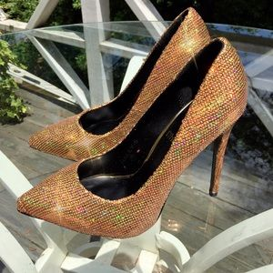 Athena Shoes - 🎉HP🎉 Gold Sequin HEELS 👠🌟😱