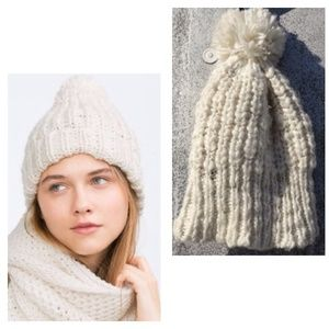 Stylish Zara Pompom Knit Hat