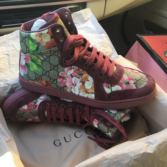 Gucci Shoes - Gucci Be. Ebony M/Dry Rose size 38+