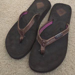 Reef Shoes - Reef brown flip flops